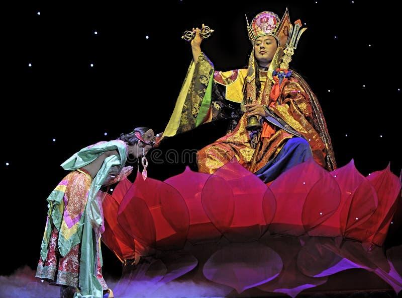 Dramma etnico tibetano di ballo: Tian MU fotografia stock
