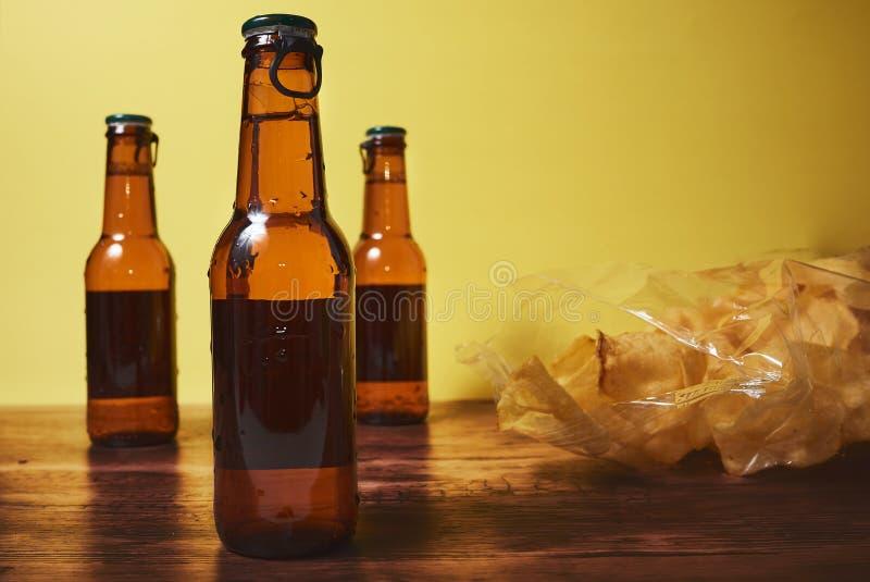 Drank en spaanders royalty-vrije stock foto