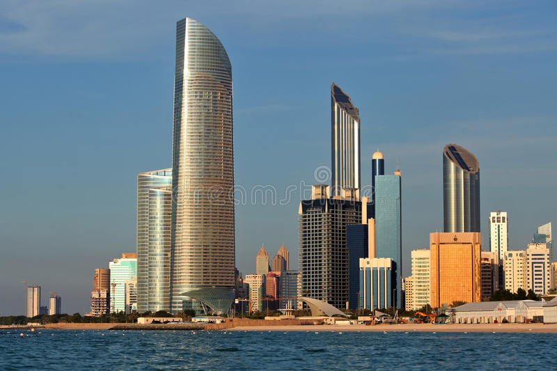 Drapacz chmur w Abu Dhabi zdjęcia royalty free