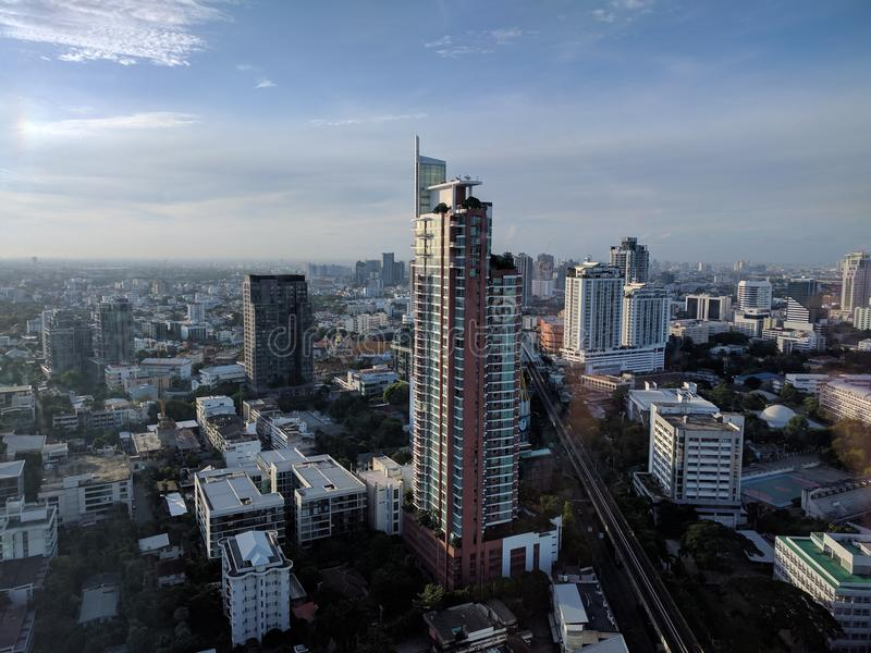 Drapacza chmur widok od Marriott Sukhumvit, Bangkok zdjęcia stock