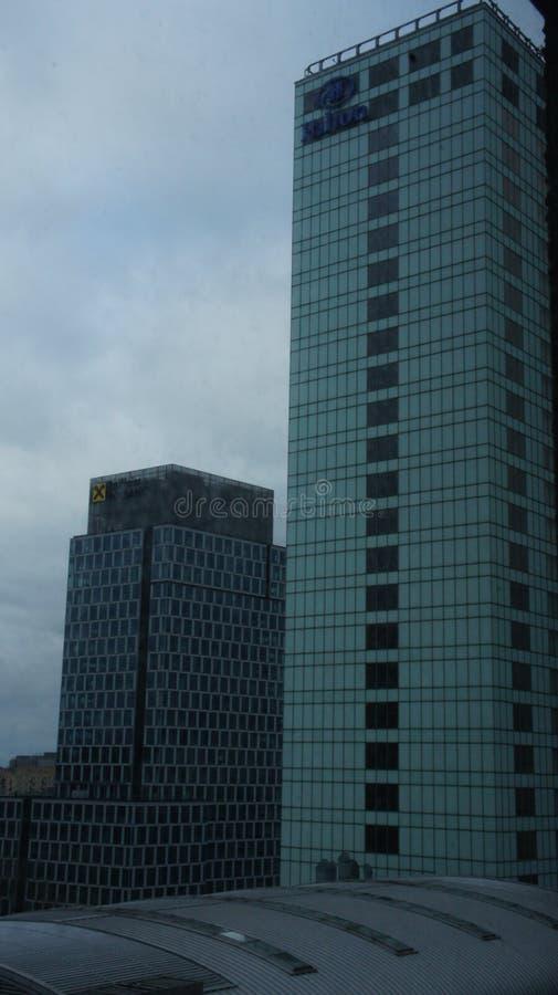 Download Drapacze Chmur W Centrum Miasta Warszawa Fotografia Editorial - Obraz złożonej z glassblower, real: 106908597
