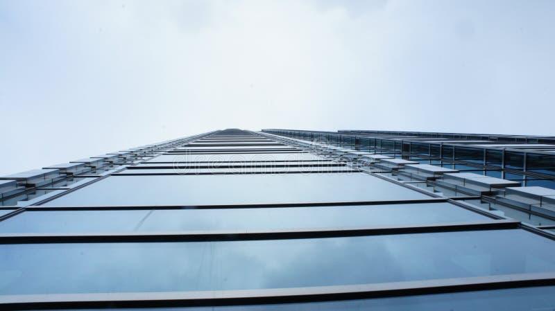 Download Drapacze Chmur W Centrum Miasta Warszawa Obraz Editorial - Obraz złożonej z odbicia, budynek: 106908745