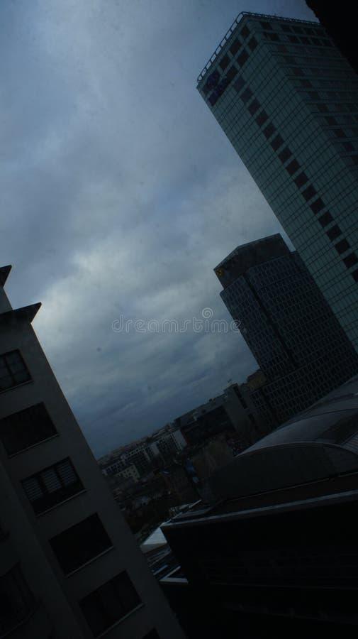Download Drapacze Chmur W Centrum Miasta Warszawa Obraz Editorial - Obraz złożonej z struktura, glassblower: 106908875