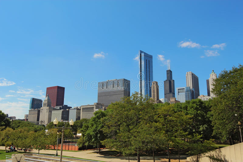 Download Drapacze Chmur W W Centrum Chicago, Illinois Zdjęcie Stock - Obraz: 31572628