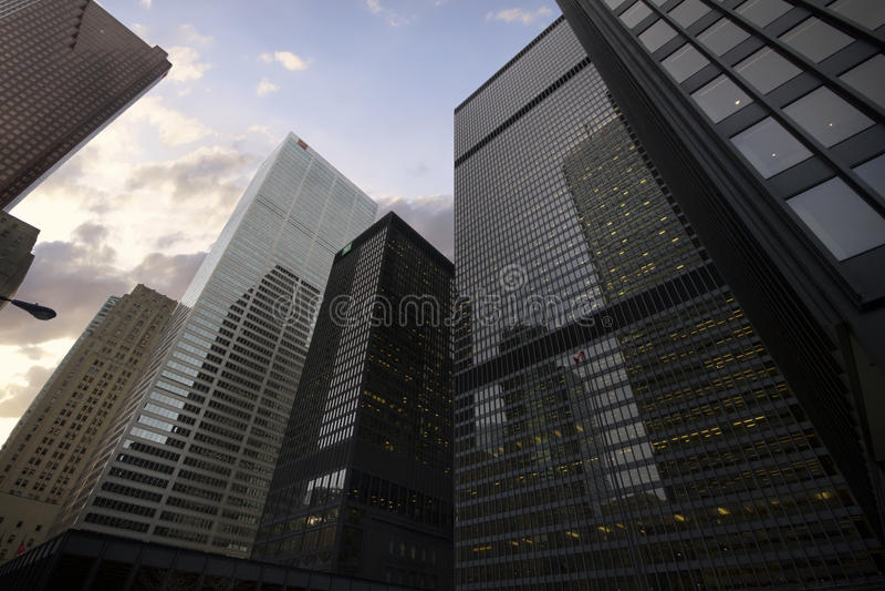 Drapacze chmur w W centrum Toronto, Pieniężny okręg obrazy stock