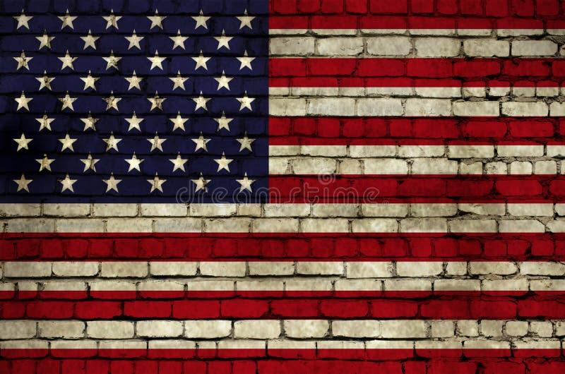 Drapeau américain sur le mur photo libre de droits