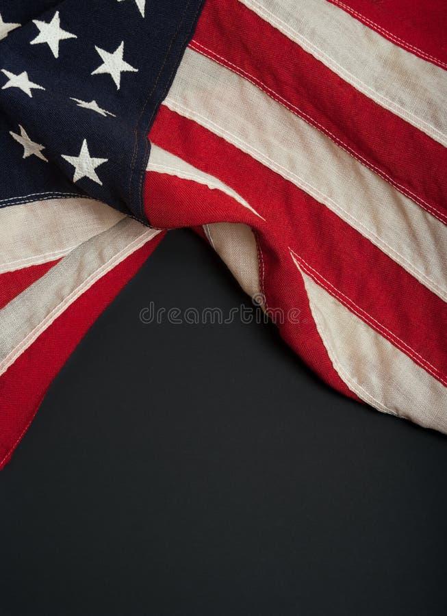 Drapeau américain sur un tableau noir photographie stock