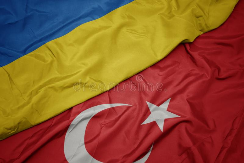 drapeau coloré de la dinde et drapeau national de l' ukraine images stock