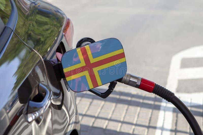 Drapeau des îles d'Aland sur l'aileron de remplisseur de carburant du ` s de voiture images libres de droits