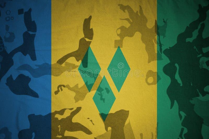 drapeau du Saint-Vincent-et-les Grenadines sur la texture kaki Concept militaire illustration stock