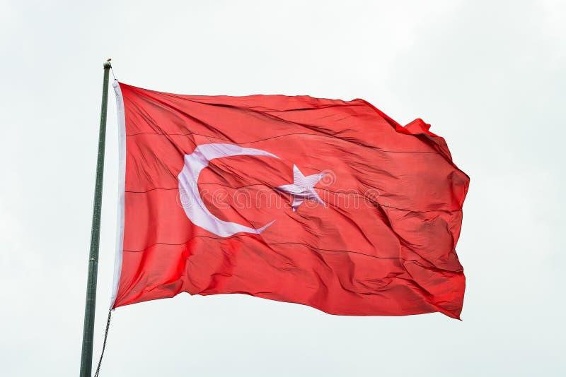 Drapeau du vol de la Turquie dans le vent photo stock