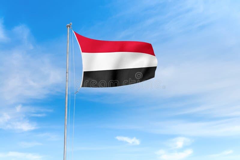 Drapeau du Yémen au-dessus de fond de ciel bleu illustration de vecteur