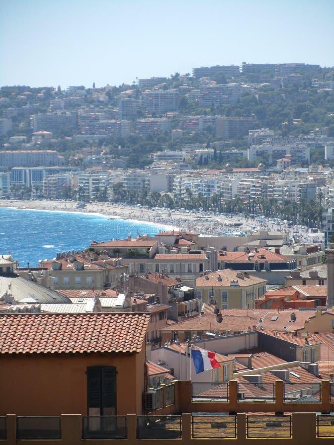 Drapeau français au-dessus de Nice photo libre de droits