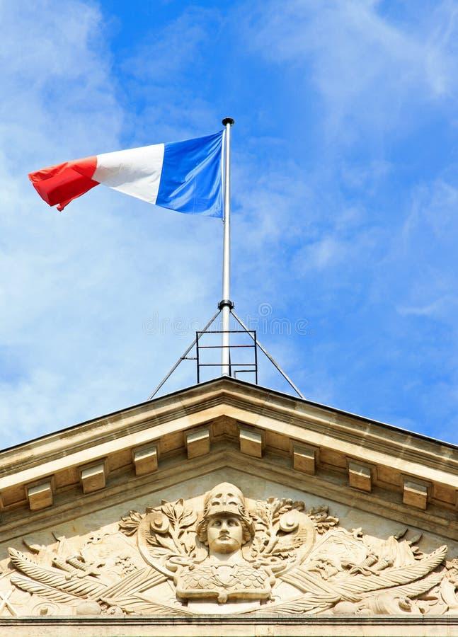 Drapeau français et tête casquée de la République (Paris, Frances) photo libre de droits
