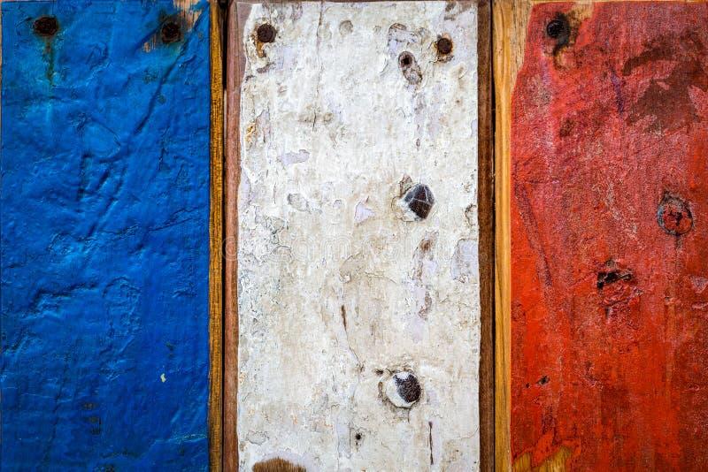 Drapeau français peint sur les conseils en bois photographie stock