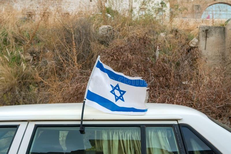 Drapeau israélien sur un Magen David de voiture, bleu et blanc, Israël photos stock