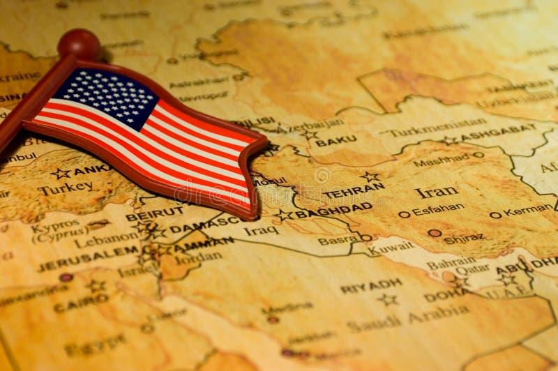 Drapeau tombé dans Moyen-Orient image libre de droits