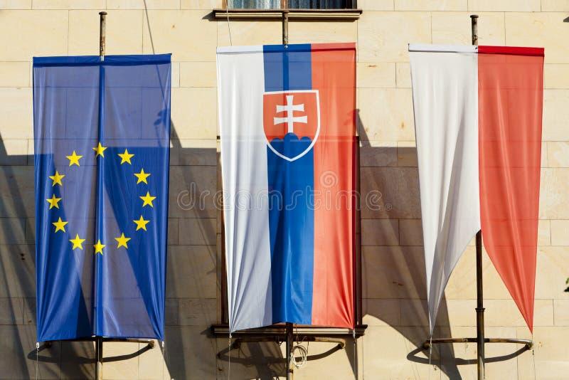 drapeaux à Bratislava, Slovaquie photo stock