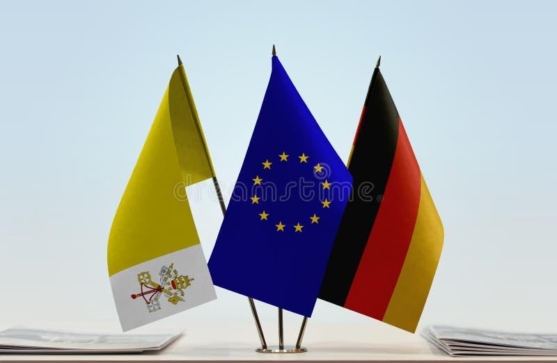 Drapeaux d'Union européenne et de l'Allemagne de Ville du Vatican illustration libre de droits