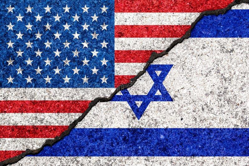 Drapeaux de l'Israël et des Etats-Unis peints sur le fond criqué/Israe de mur illustration libre de droits