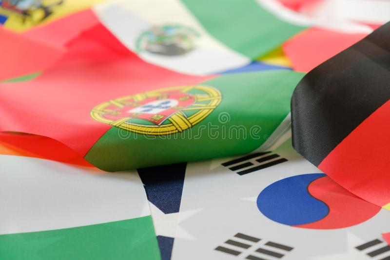 Drapeaux de toutes les nations du monde images stock