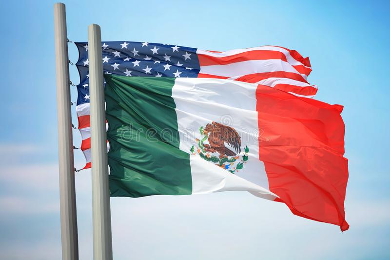 Drapeaux du Mexique et des Etats-Unis photographie stock