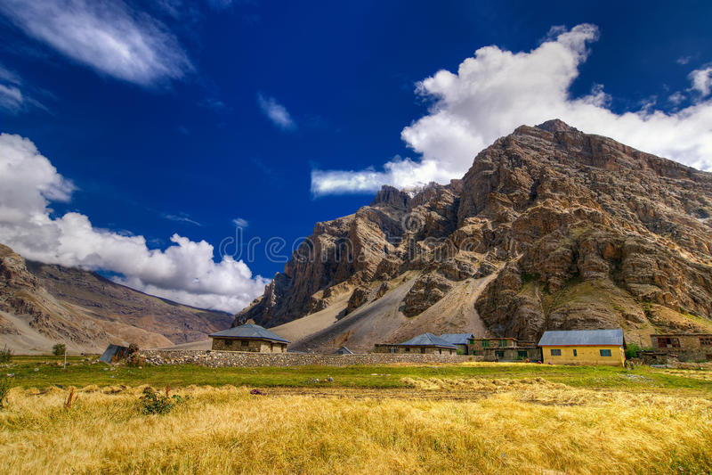 Download Drassdorp, Kargil, Ladakh, Jammu En Kashmir, India Stock Afbeelding - Afbeelding bestaande uit heuvels, berg: 54079463