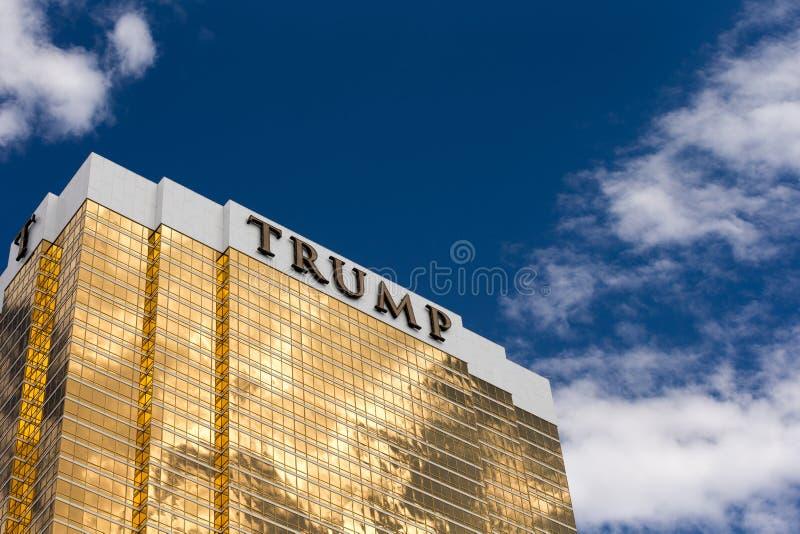 Drastische Ansicht des Trumpf-internationalen Hotels stockbild