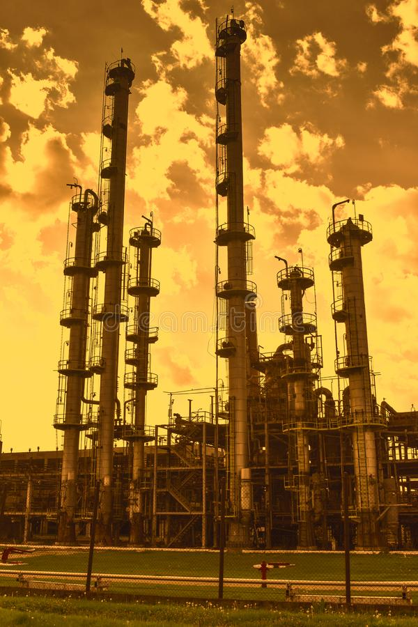 Drastische Ansicht von chemisch kombiniert stockfoto