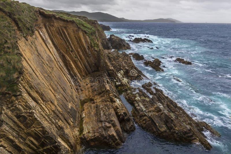Drastische Küstenlinie - Beara-Halbinsel - Irland stockfoto