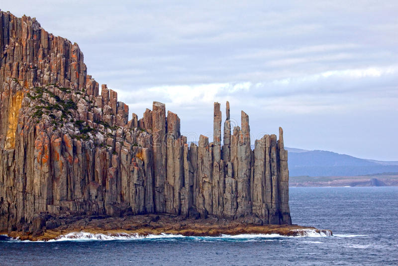 Drastische tasmanische Küstenlinie, Australien lizenzfreie stockbilder