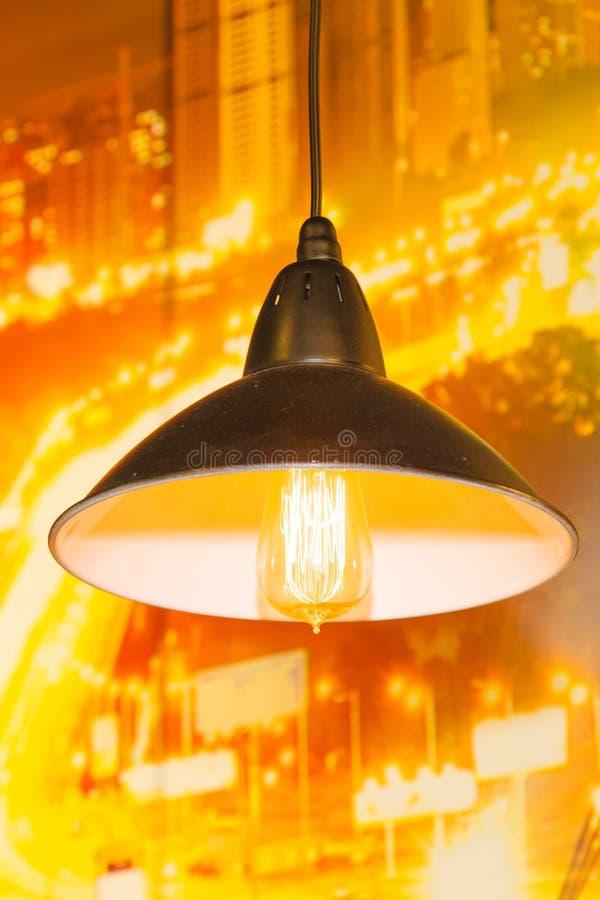 Draußen Metallelektrische Lampe lizenzfreie stockfotografie