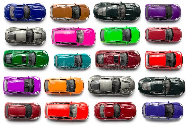 Draufsicht über bunte Autospielwaren stockbilder