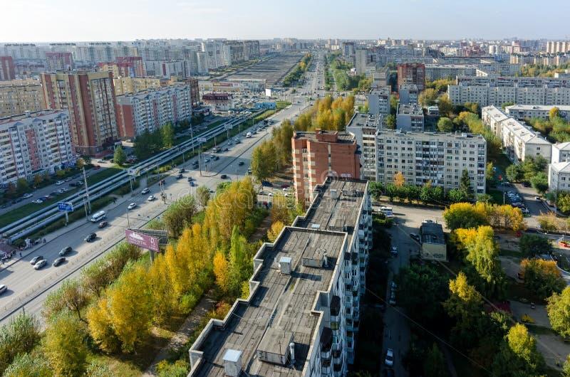 Draufsicht über das Panorama von Tyumen-Stadt Russland lizenzfreie stockfotos