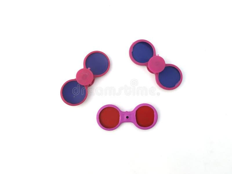 Draufsicht über Mehrfarbenspielzeug auf weißem Hintergrund Spielt die Sammlung, die auf wei?em Hintergrund lokalisiert wird stockfotografie