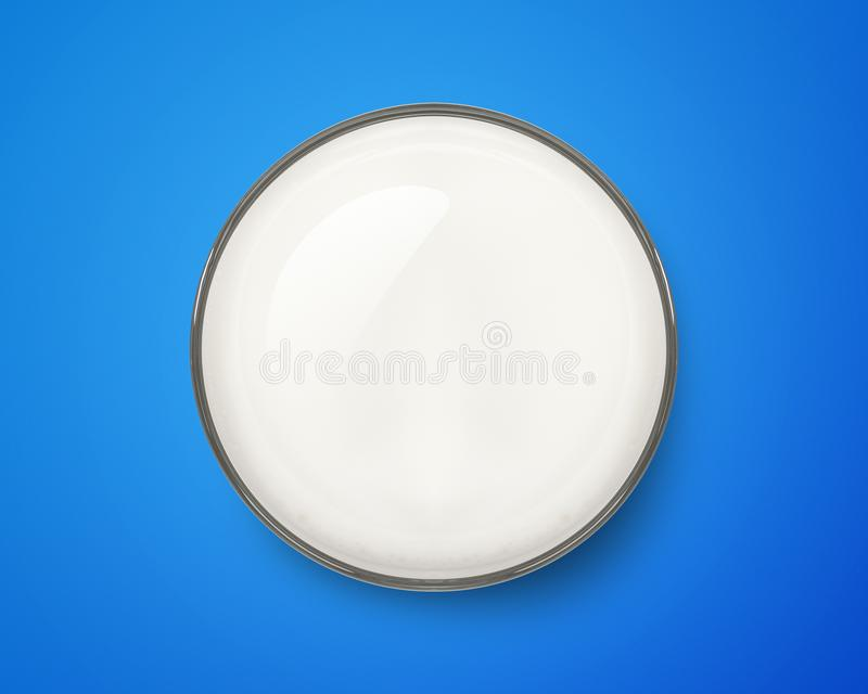 Draufsicht des frischen Milchglases auf blauem Hintergrund Fr?hst?cksgetr?nk lizenzfreies stockbild