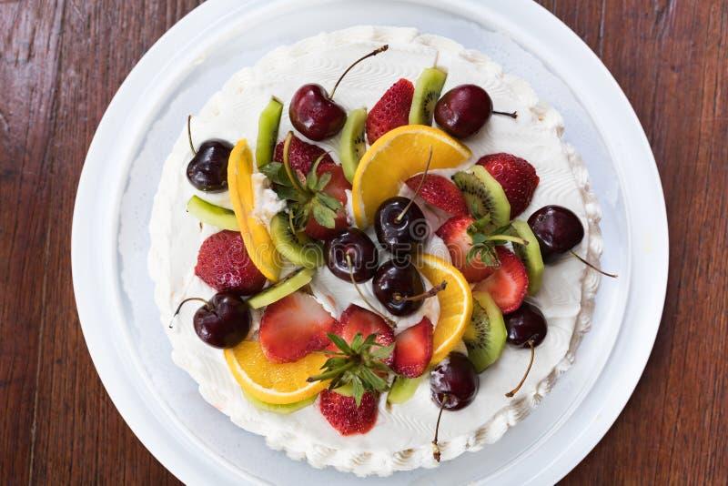 Draufsicht des köstlichen Kuchens lizenzfreies stockbild
