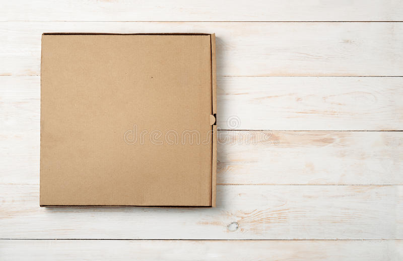 Draufsicht des leeren Pizzakastens stockbilder