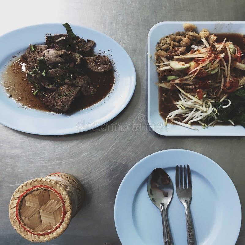 Draufsicht des lokalen thailändischen Lebensmittels lizenzfreie stockfotos