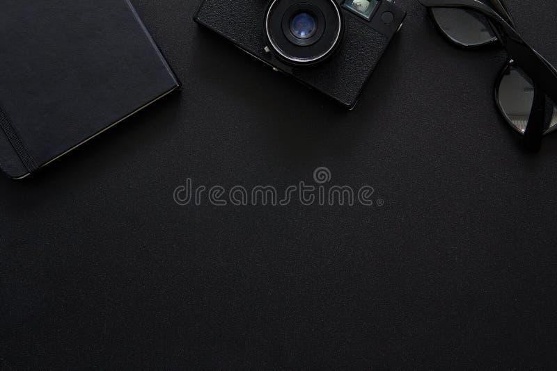 Draufsicht von Arbeitsplatz Fotografen lizenzfreie stockfotos