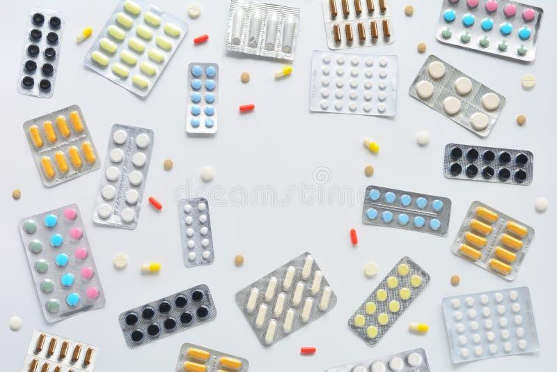 Draufsichtrahmen der Pillen stockfotos