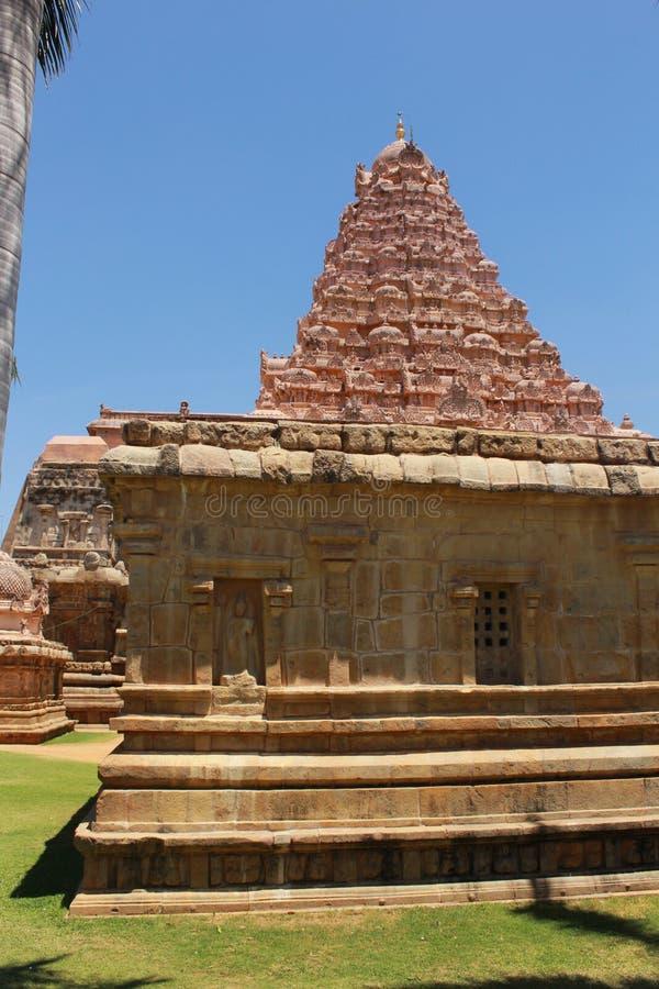 Dravidian a dénommé la construction et les sculpures du temple de Brihadisvara dans Gangaikonda Cholapuram, Inde photographie stock