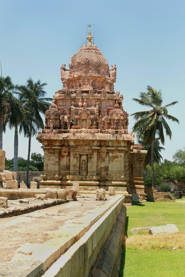 Dravidian a dénommé un de la tour-gopura-vimana avec des sculptures dans le temple de Brihadisvara dans Gangaikonda Cholapuram, I photographie stock