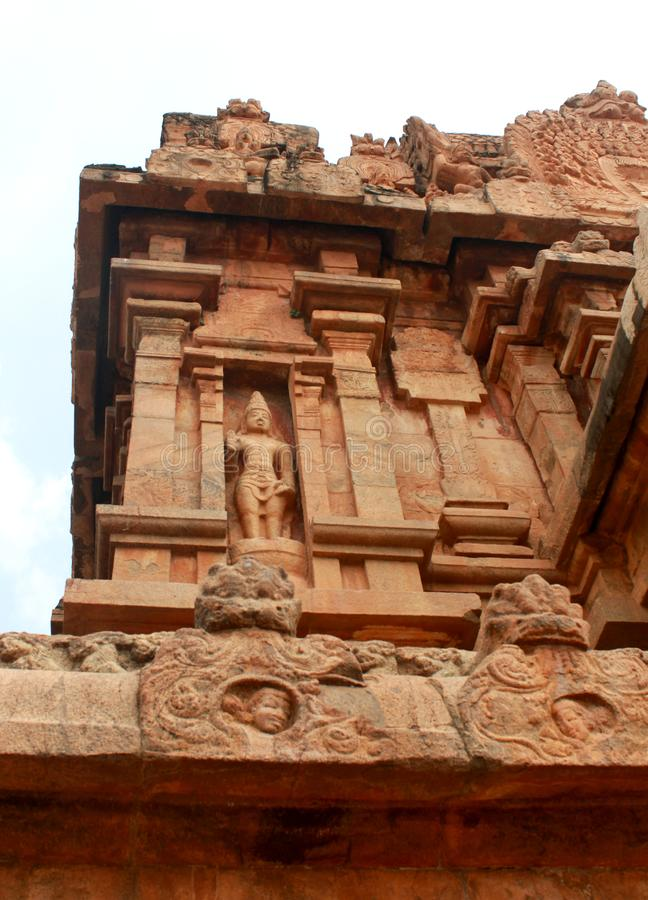 Dravidian lapident le travail d'architecture dans le temple antique de Brihadisvara dans Thanjavur, Inde photographie stock libre de droits
