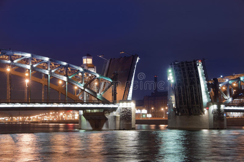 Drawbridge a St Petersburg. immagine stock