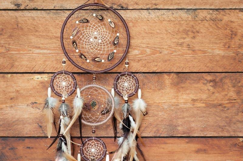 Dreamcatcher andlig folk amerikansk infödd indisk amulett shaman royaltyfri foto