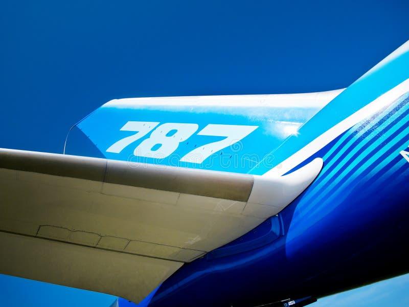 Dreamliner 787 - Heck und Flügel lizenzfreie stockfotografie