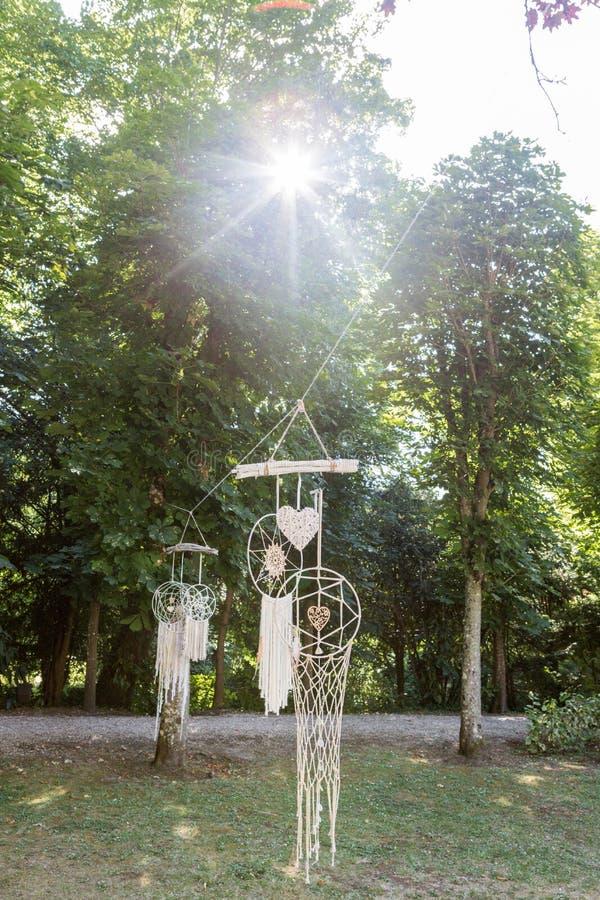 Dreamwatcher dans une forêt image stock