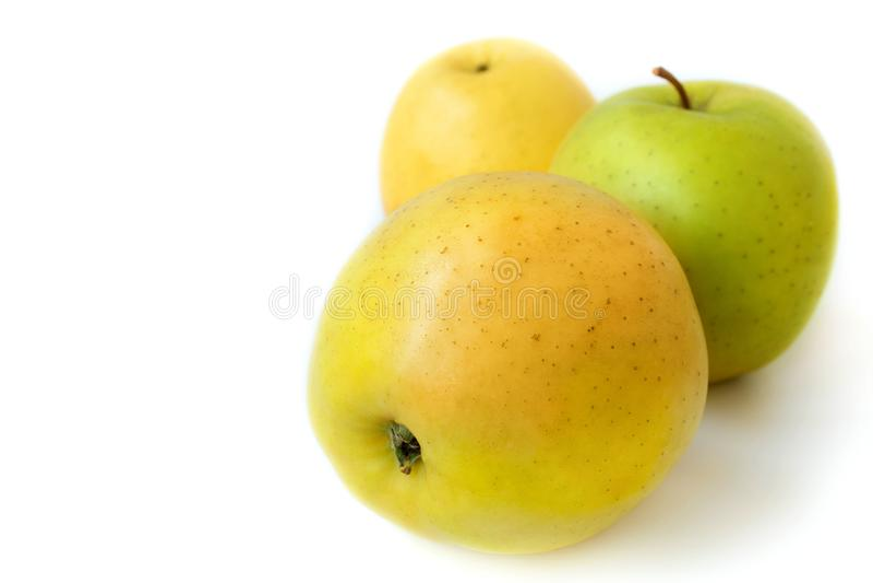 Drei Äpfel lizenzfreie stockbilder