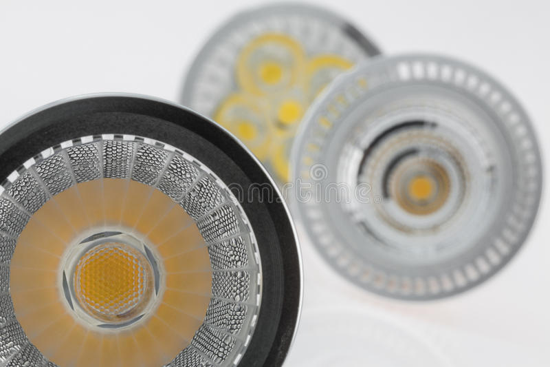 Drei Birnen LED GU10 mit verschiedenem Plastikstreulicht stockbilder